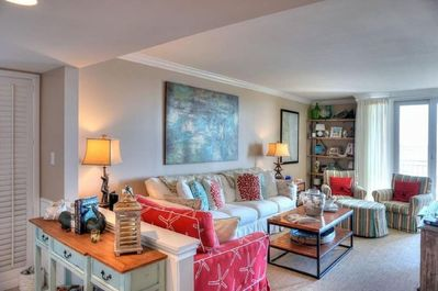 Fully furnished 3BR/3BA 5th Floor End unit with gorgeous ocean views!
