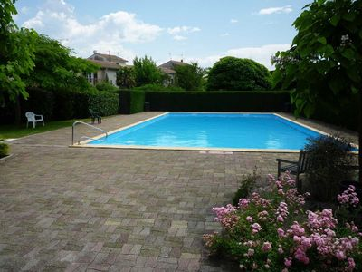 Photo for Bassin Arcachon La Teste House sleeps 8 with garden and communal swimming pool