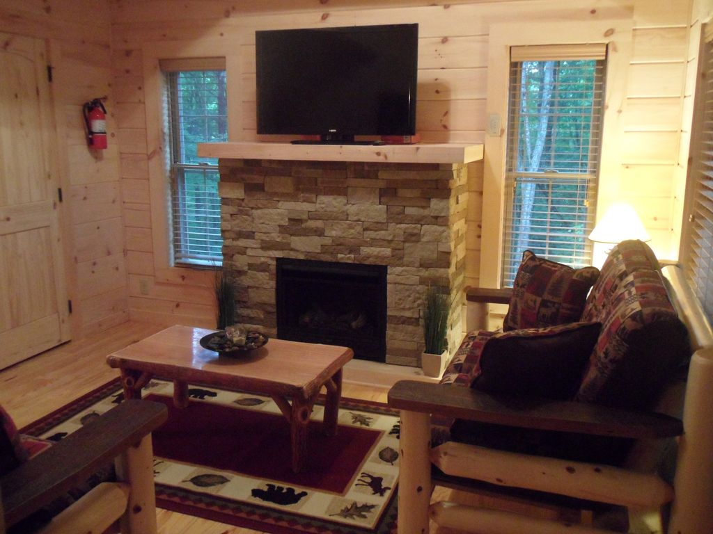 falcons nest lexury newly buid log cabins vrbo