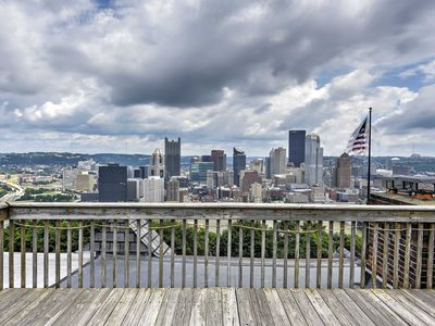 Photo for Pittsburgh Townhome w/Rooftop Deck & Skyline View!