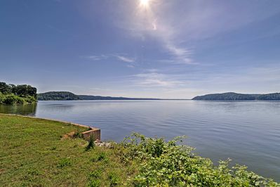 Access the Tennessee River by strolling down the road!