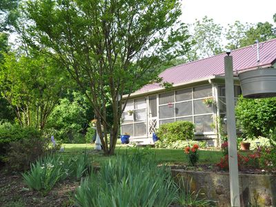 $155/night or $760/wk - 2 bed, 1 bath, sleeps 6 - Ivanhoe, VA in Blue Ridge Mts