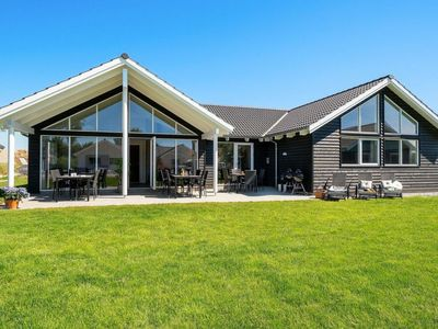 Photo for Vacation home Kappeln in Kappeln - 16 persons, 6 bedrooms