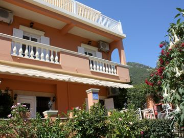 Search 536 holiday rentals