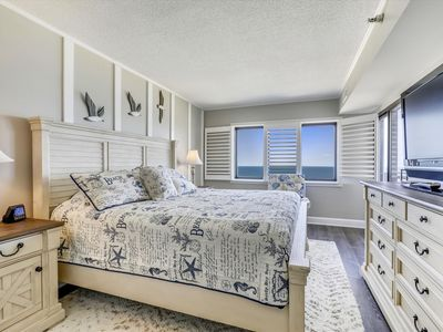 Photo for DAILY ACTIVITIES & LINENS INCLUDED*! ! Comfortable 11th floor, 2 bedroom, 2 bath with semi-private den condo