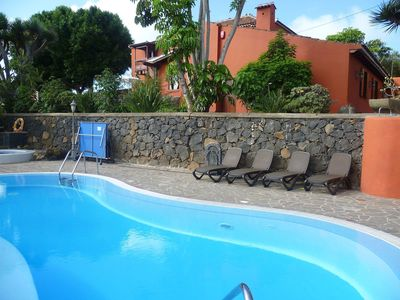 Photo for Wonderful private villa for 10 people with WIFI, hot tub, pool, TV and parking