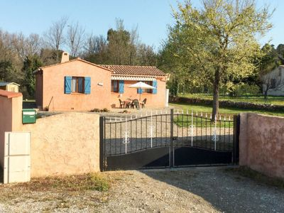 Photo for Vacation home Papillons (REG100) in Régusse - 5 persons, 2 bedrooms