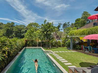 Tropical Quirky Villa Near seminyak