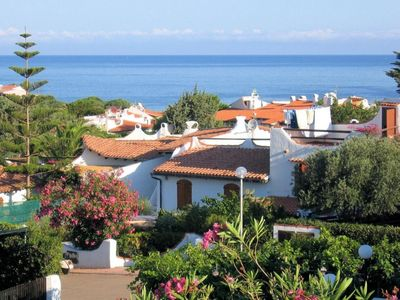 Photo for One bedroom Villa, sleeps 3 with Walk to Beach & Shops