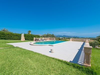 Photo for Country Estate Las Comas de Dalt with Infinity Pool, View over Alcúdia Bay, Air Conditioning & Wi-Fi; Pets Allowed, Parking Available