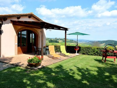 Photo for Private Villa with internet, pool, A/C, TV, washing machine, parking, close to San Gimignano