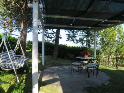 Photo for Cosy apartment for 6 people with WIFI, pool, pets allowed and parking