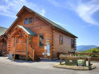 Photo for Pigeon Forge View log cabin with swimming pool access,arcade game, and views!