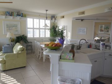 59- 5 Star reviews. Beach Front, Full 3BR/3BA on 5th Fl. Very Clean!!