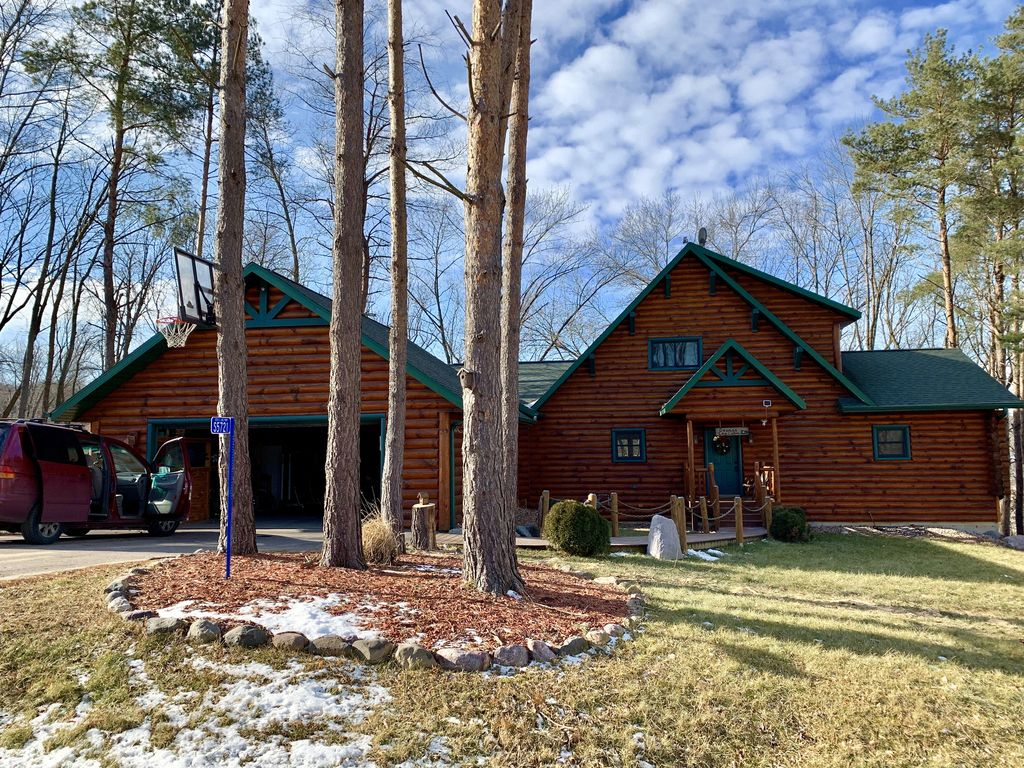 Amazing New Listingbeautiful Log Cabin Near Devil S Lake Baraboo Interior Design Ideas Clesiryabchikinfo
