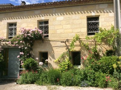 Photo for Converted stone barrel cellar and pool only 8 kms from Bordeaux