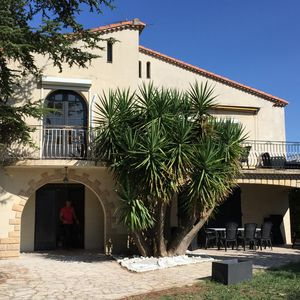 Photo for Large villa between Nimes and Montpellier (20 min) - Herault Mediterranee