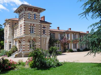 Photo for Great Italian villa with its park, swimming pool and tennis