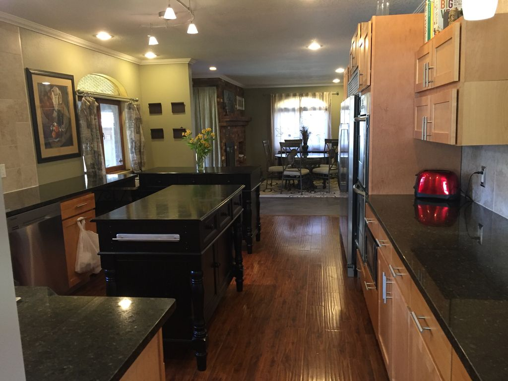 5 Bedroom 4 Bath House Between Denver And Boulder Family Friendly Broomfield Denver Metro Area