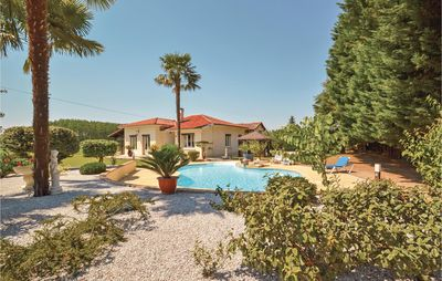 Photo for 3BR House Vacation Rental in Monsegur
