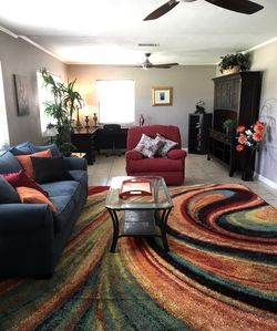 Sea Breezes, Gorgeous Sunsets, and a very short walk to the Beach! (1-2 blocks)