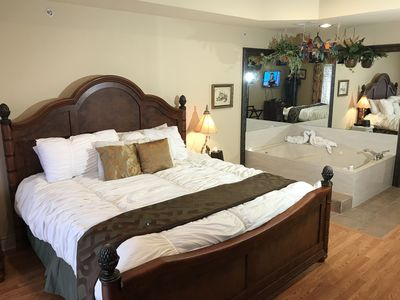 Photo for King Condo With Spa Tub-WIFI- Close To The Strip ( Tuscany 1-9 )