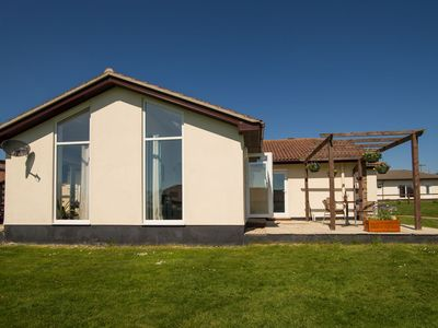Photo for Luxury 2 Bed Cottage 2BEDLP46