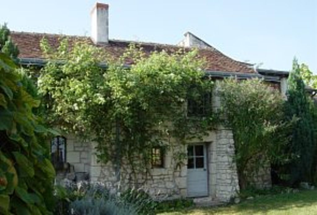 18th Century Cottage in heart of Loire Valley