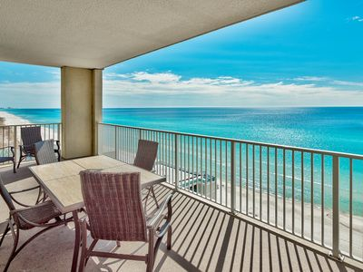 Photo for Come enjoy the comfortable, tropical style of this 4/3 gulf front condo!