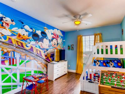 Photo for Disney Fireworks view Condo in Windsor Hills Resort - only 2 miles from Disney!