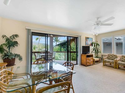 Photo for Island Ease w/WiFi, Full Kitchen, Lanai, Washer/Dryer, TV, Ceiling Fans Kanaloa 3404