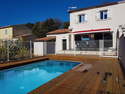 Photo for Heated pool in new house between Orange and Avignon