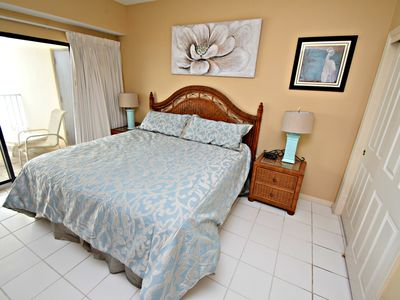 Photo for The Palms 611 - Corner Unit! Book now for the best Fall rates!