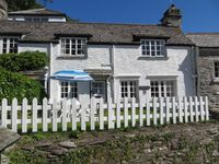Lovely cottage in ideal location.