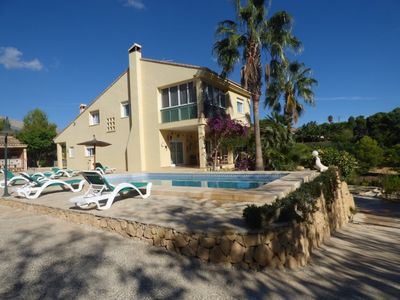 Photo for Family Home with private pool - sleeps 10