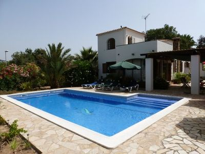 Photo for Lovely Spanish villa on large private flat plot
