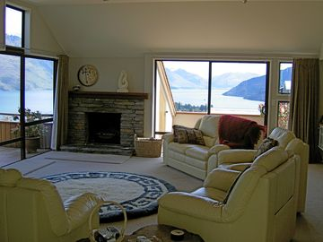 Spectacular family friendly Holiday Home in Queenstown New Zealand