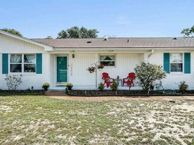 Photo for Spacious 3BR home with an excellent location and high tech features throughout