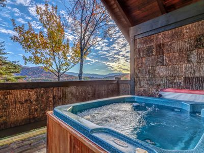Photo for Mountain view cabin w/ hot tub, deck & pool table - minutes to national park!