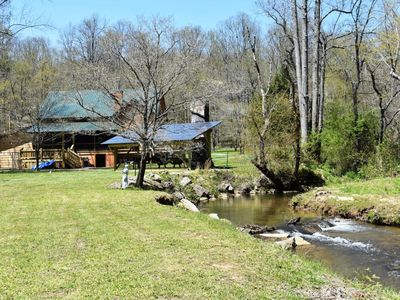 Photo for 2BR/2BA, SLeeps 4, Fenced Yard, Dog Friendly, Fireplace/Wood, Outdoor Pavilion with Fireplace, Fire