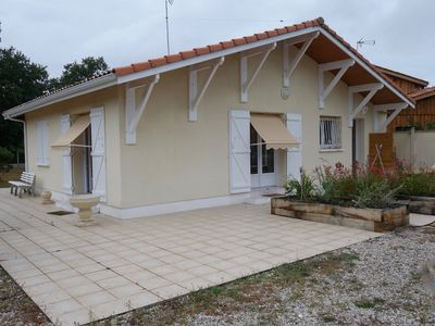 Photo for COMFORTABLE HOME of full foot located in the heart of the BASIN of ARCACHON.