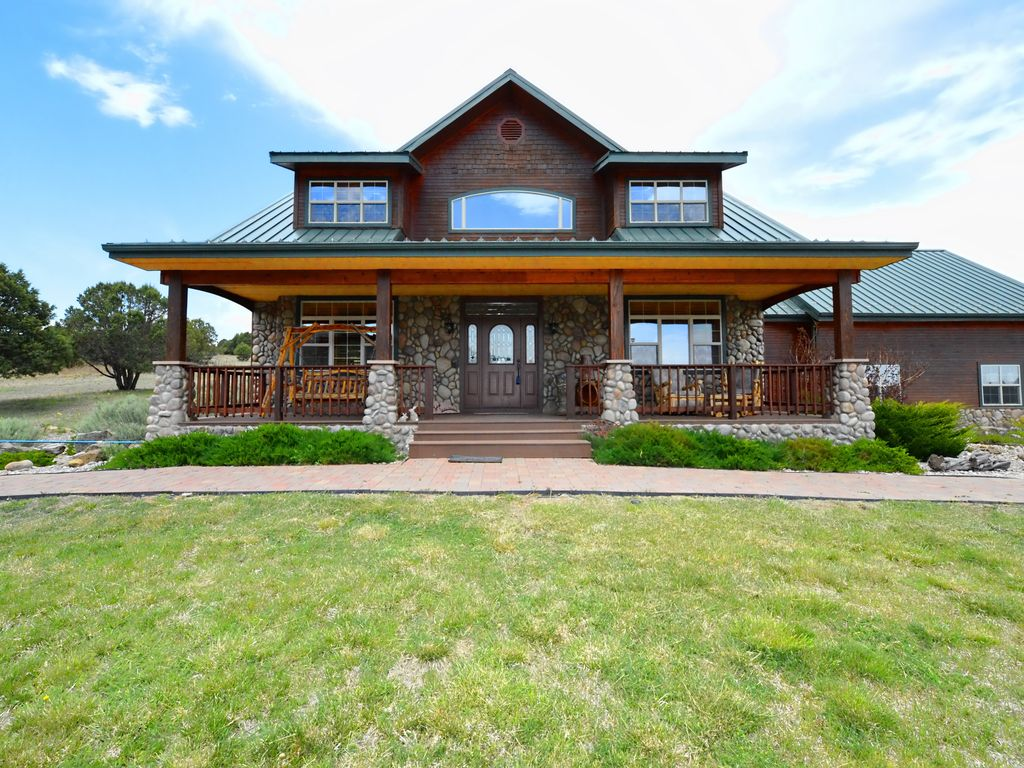 Big bold beautiful mansion on 6 secluded vrbo for 6 bedroom cabins in ruidoso nm