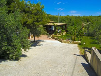 Photo for Beautiful private villa for 4 guests with WIFI, TV, pets allowed and parking