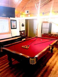 Amazing! Close 2 stateline-Pool Table, Ping Pong, Shuffleboard big hot tub