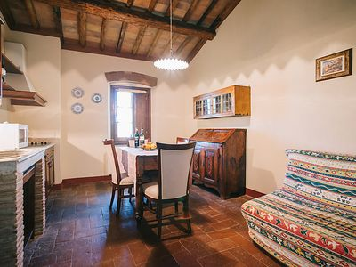 Photo for Apartment Cusona in San Gimignano - 2 persons, 1 bedrooms