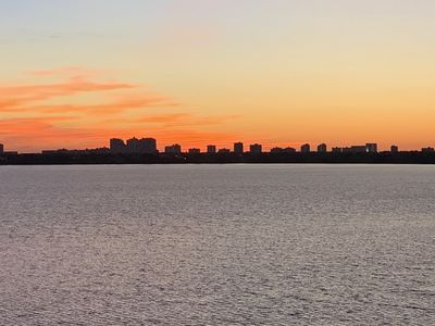 Photo for Panoramic 360 Degree Views of Barfield Bay and the Marco Skyline