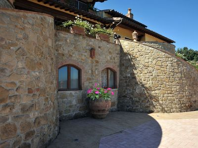 Photo for Gaglietole: Pretty typical residence immersed in the tranquil hills of Umbria with swimming pool near Perugia
