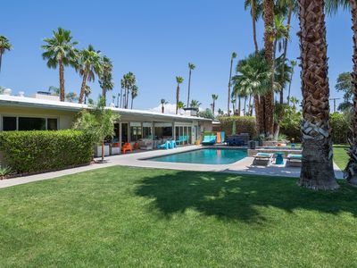 Photo for 4BR House Vacation Rental in Palm Springs, California