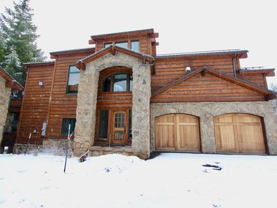 Photo for Stonegate #8 Luxury Lodge-sleeps 10 with private jacuzzi! Walk to Village!