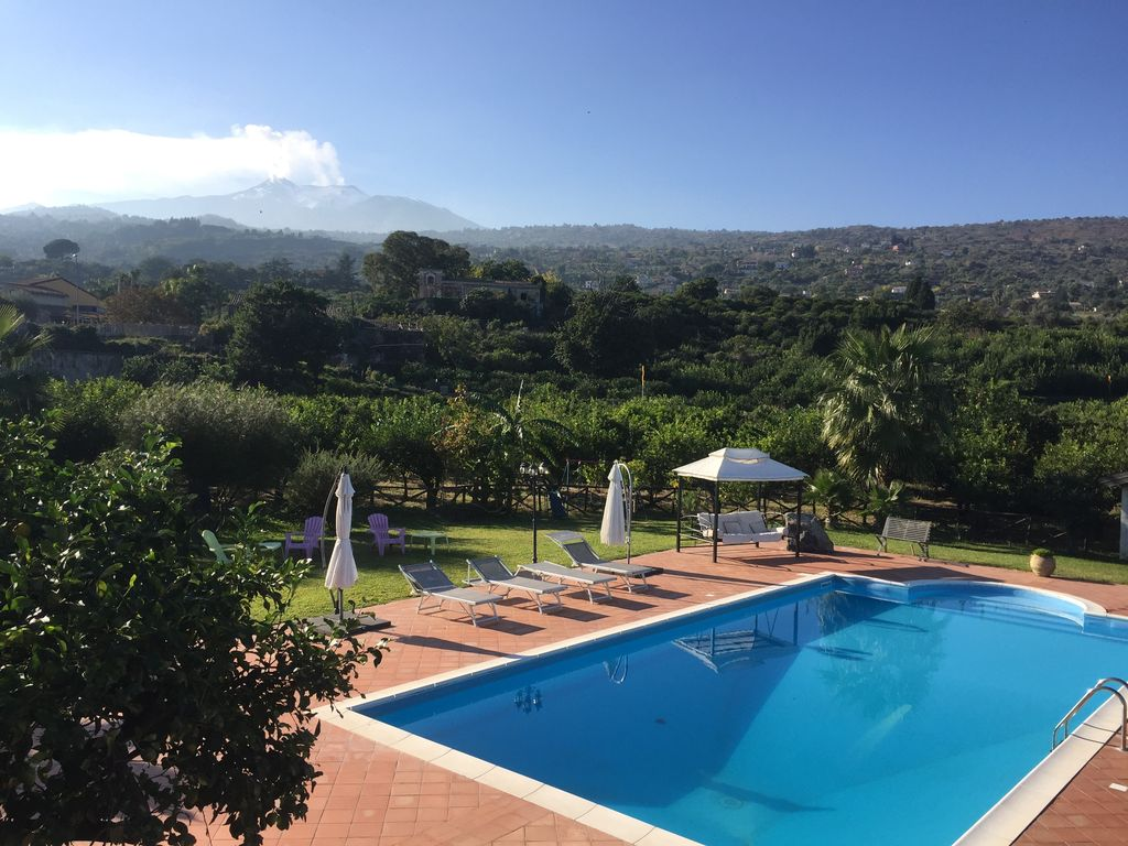 Up To 16 Guests Swimming Pool Garden Homeaway Mascali